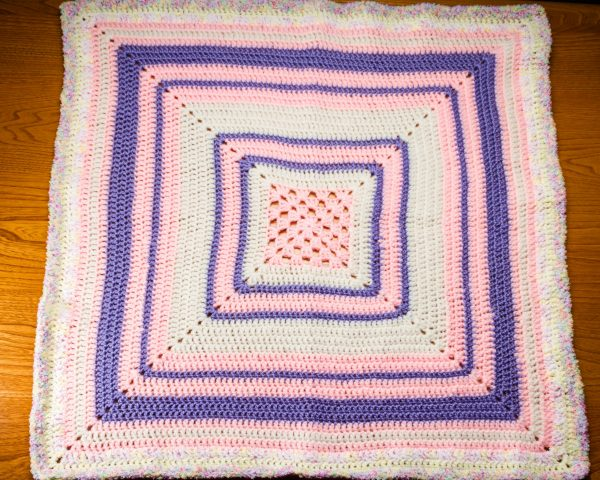 Baby blanket pink & lilac